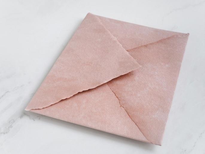 http://arnagapapeleria.com/1255-thickbox_default/sobres-de-algodon-para-invitaciones-de-boda-color-rosa-palo.jpg