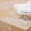 Cajas para guardar vestidos de novia papel kraft encaje