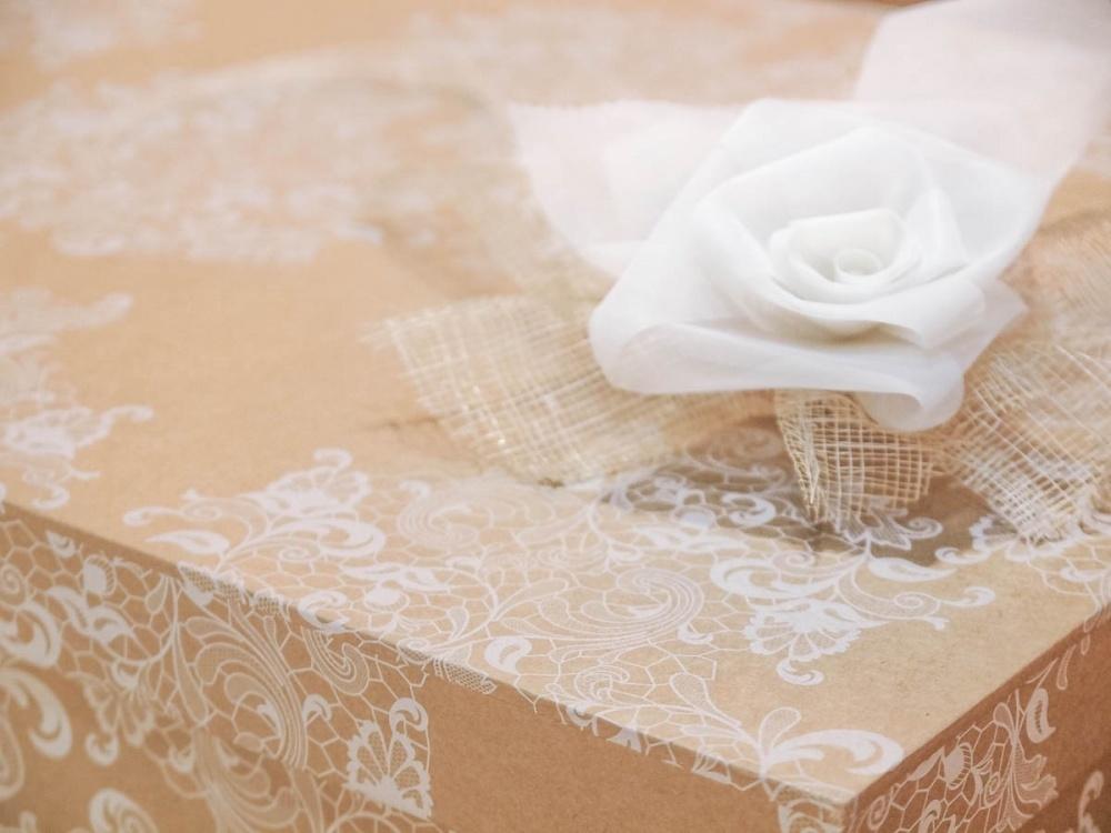 cajas para guardar vestidos de novia papel kraft encaje - arnaga