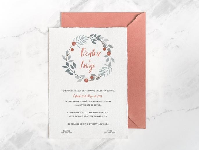 http://arnagapapeleria.com/907-thickbox_default/invitaciones-de-boda-coronas-de-flores-salmon.jpg